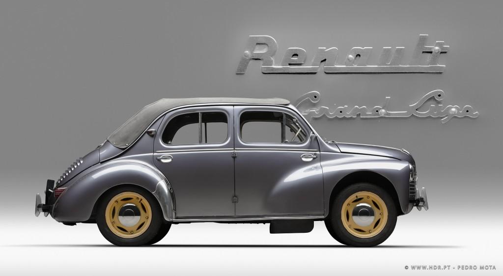 Renault-4cv-Joaninha
