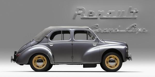 Renault 4CV – Joaninha